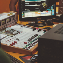 4 Reasons Podcasting is Superior for Advertising (Just Ask Ira Glass)